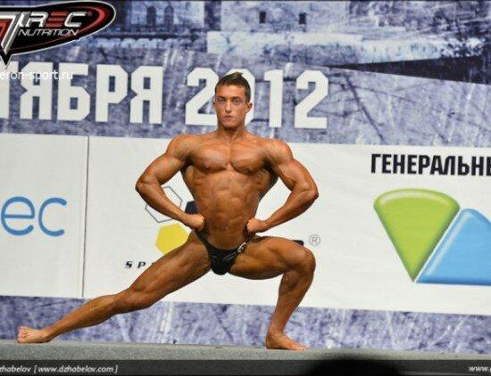 1-550x422 Российский бодибилдер привез награду из Софии